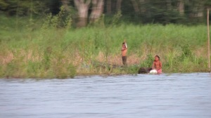 Bathing Kids, Amazon, Perú